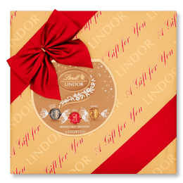 Lindt LINDOR Assorted Chocolate Gift Wrapped Box 287g