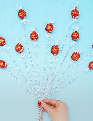 Lindor Birthday Balloons.